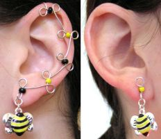 Ear Vines - Bumblebees by lavadragon
