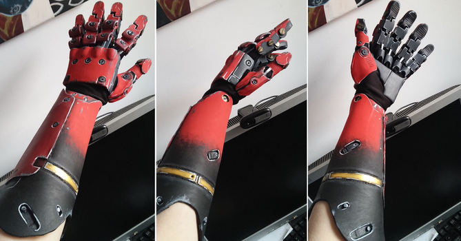 MGS V: The phantom pain Venom Snake's bionic arm by Blink005
