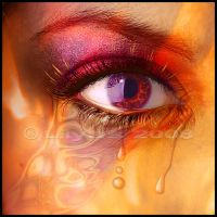 Love Hurts - Close Up by Lilyas