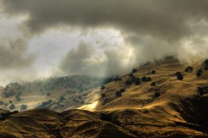 Mountains and Clouds by zootnik