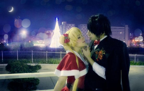 Sailor Moon Christmas Cosplay - Usagi and Mamoru by SailorMappy