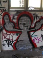 character throwie by enves