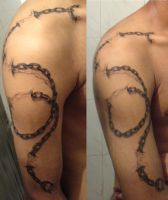 chain tattoo by ketology