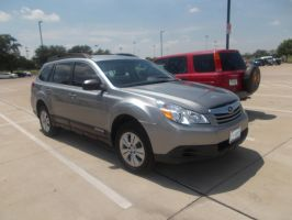 2012 Subaru Outback by TR0LLHAMMEREN