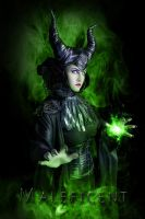 Maleficent Cosplay by S-T-A-R-gazer