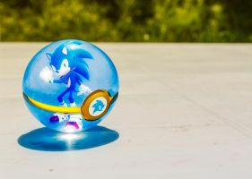 The Pokeball of Sonic the Hedgehog by Jonathanjo