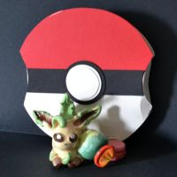 Leafeon Necklace and Pokeball by Loreleiwave