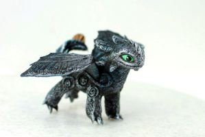 Little Toothless by hontor