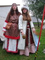 Brahdelt's Russian Dress 02 by HistoricCostume