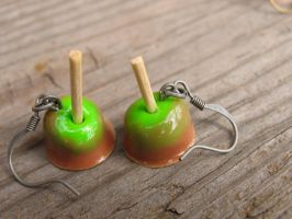Caramel Candy Apples by MotherMayIjewelry