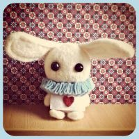 Are you my Alice? | needle felted by Rasa-chi