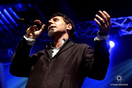 serj tankian 9 11 essay Preface: two days after the attacks on september 11, 2001, serj tankian posted an essay on system of a down's official website, which seemed controversial at the time it was promptly taken down by sony, the band's record label.
