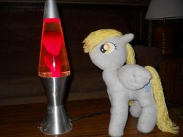 Derpy and the Lava Lamp by EratosofCyrene