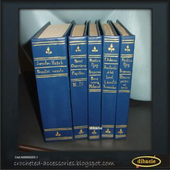 Hard covering books by dibacie