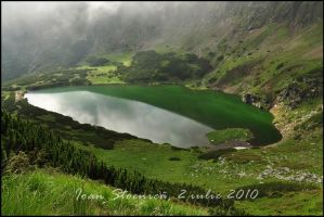 The emerald lake by Ioan-Stoenica
