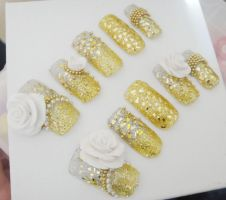 GOLD, GLITTER, 3D NAILS by jadelushdesigns