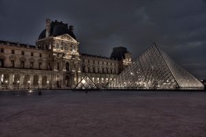 Louvre in HDR by hellslord
