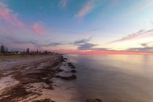 Adelaide beach by Gobbliwink