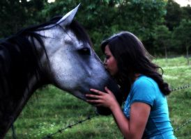 Rural Kiss. by stonesourgirl