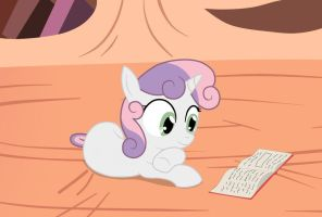 Sweetie Belle Studying by Birdco