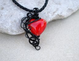 Red Lampwork glass heart wire wrapped pendant by IanirasArtifacts
