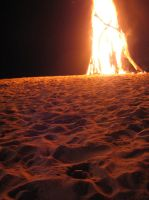 Bottle Beach Bonfire by melemel