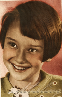 Little Audrey by Livadialilacs