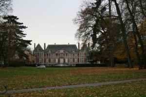 Chateau and Parc by Cat-in-the-Stock