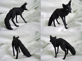 Unpainted fox sculpture by Country-Pumpkin
