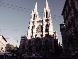 Gothic church in Marseilles by L-Art-chitecte