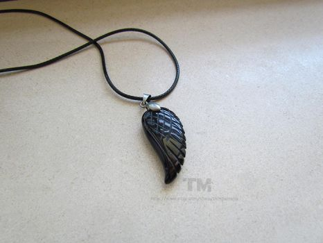 No Angel - Black Wing Necklace by thingamajik