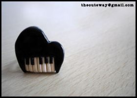 .:Piano ring:. by SaMtRoNiKa