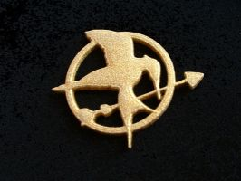 Hunger Game Pin or keychain by silverbeam