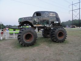 Old Gravedigger monster truck by stormymay888