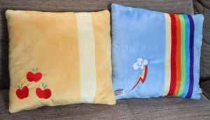 Applejack and Rainbow Dash Themed Cushions by LiChiba