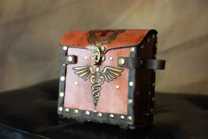 Alchemist's Med Kit Leather bag by AverusX