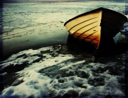 a boat by sarinja