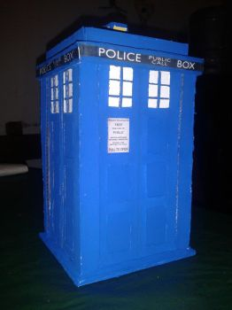 TARDIS pencil holder by Madre-suicide
