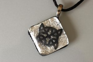 Black on Silver... on black back by Dimolicious