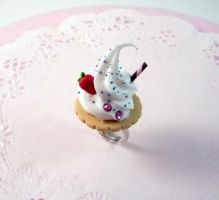 Cookie and Cream Ring by Meow-Box