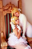 Kagamine - Vocaloid Magnet Cosplay by NayeliCoss