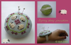 Spring sheep pincushion by Idzit