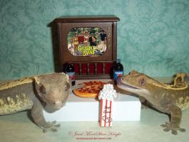 PIZZA PARTY ON THE ISLAND... by NocturneJewel