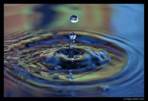 Water drops 3 by Lugenboy