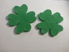 Four Leaf Clover Fondant Cupcake Toppers by cupcakevisions