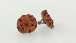 Chocolate Chip Cookie earrings by Shacchan