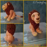 Disney store Mufasa beanie by TwistingFury