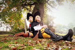 Len and Rin Twin Witch Ver.-  Happy Halloween!  I by sharuruka
