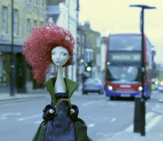 Shanon in London by olluna