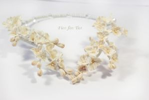 Ivory buds and flowers necklace by fion-fon-tier